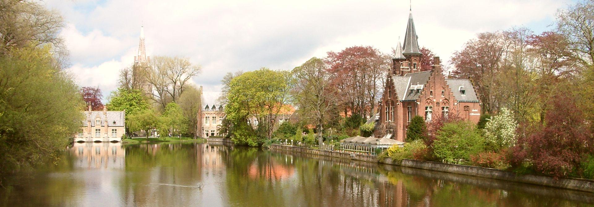 Bruges Lovers Lake Header