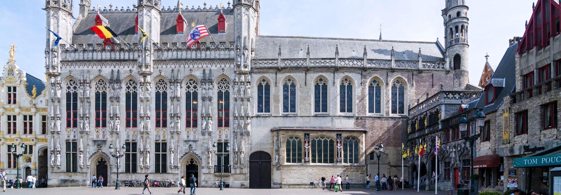 Bruges Burg Square Hero