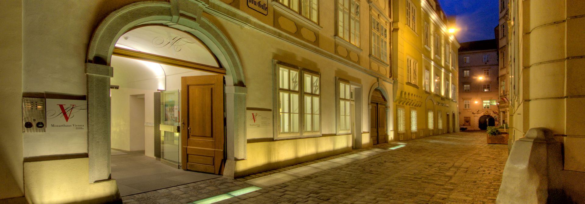Vienna Mozarthaus Hero